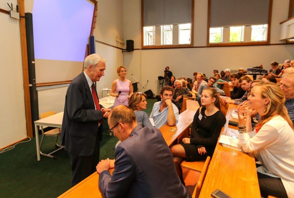 Vragenronde met Jan Terlouw